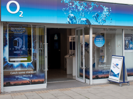 O2 to reopen English stores from June 15
